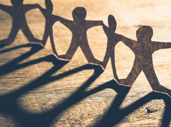 La solidarité locale s'organise grâce aux réseaux sociaux