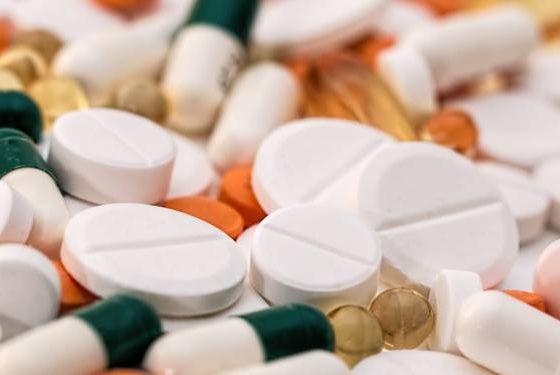 Coronavirus : augmentation des «effets secondaires graves» des traitements, notamment par l'hydroxychloroquine