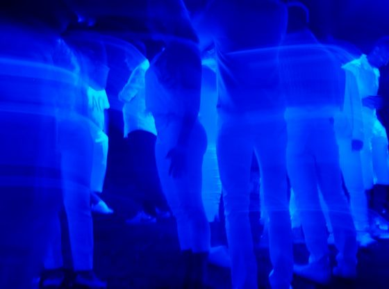Black Light Video Experiment Shows How Quickly COVID-19 Can Spread