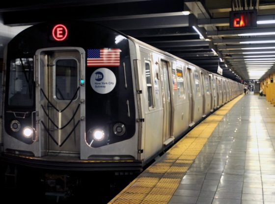 Coronavirus aux États-Unis : des UV pour contrer la Covid-19 dans le métro