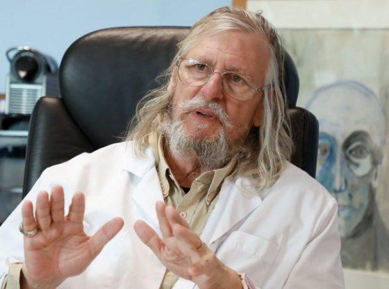 Coronavirus : comment Didier Raoult s'est retrouvé au coeur d'une fake news