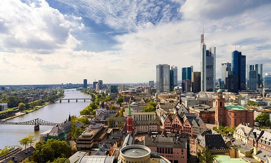 Coronavirus : 4 000 nouveaux cas quotidiens en Allemagne, une première depuis avril
